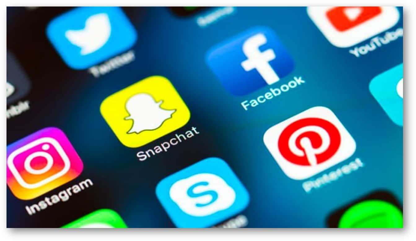 Les réseaux sociaux sont un excellent moyen de partager son univers